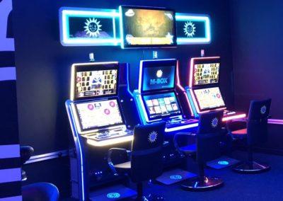 Slot21_Área Central_máquinas juego