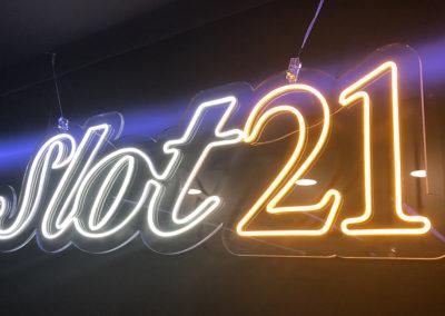 neon led SLOT21 logo